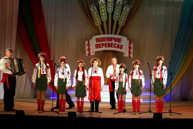 ХІІІ Республіканський фестиваль «Пшеничне перевесло»