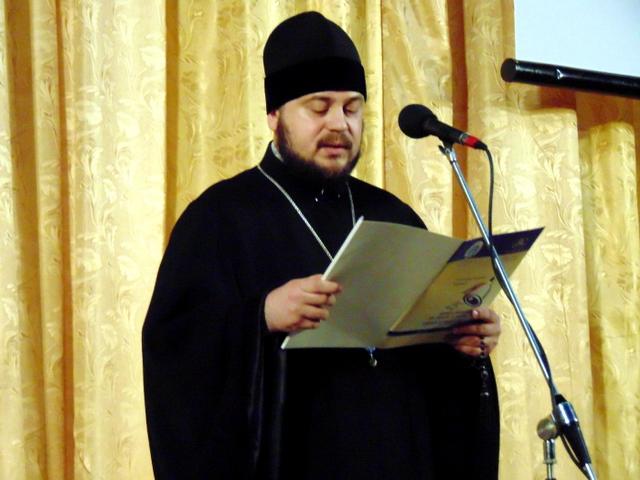 Отець Віктор - настоятель Рибницького Свято-Михайлівського собору